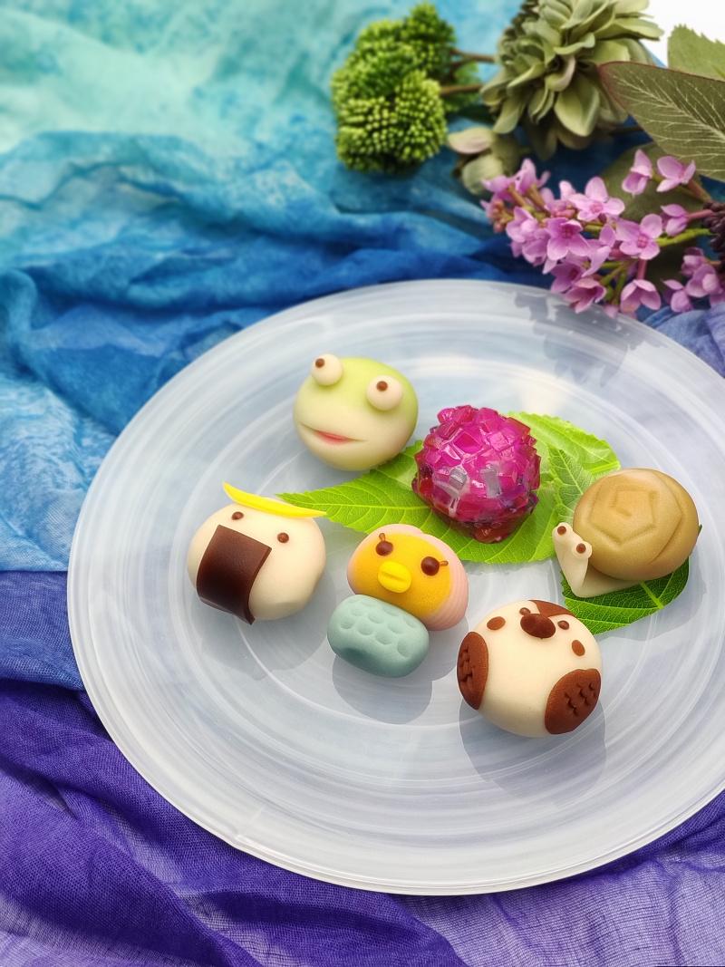 カワイイ上生菓子カエル、あじさい、かたつむり、むすび丸、アマビエ、イクスカすずめ