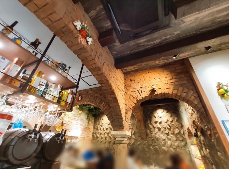 ピッツェリア エ オステリア パドリーノの店内の様子