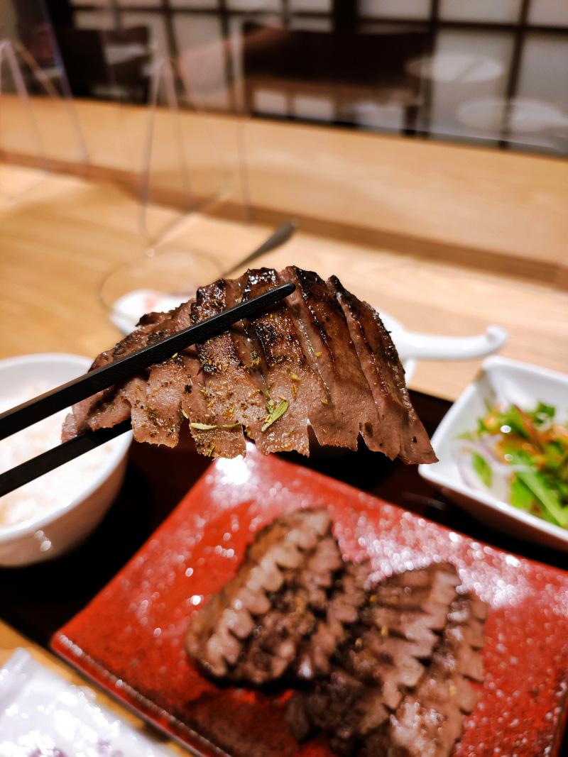 ステーキ牛たんセットハーブ風味